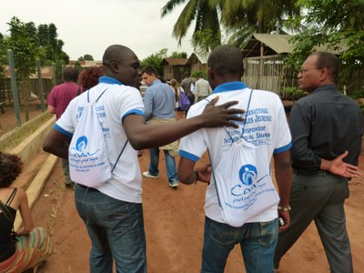 47. ... entre les participants du séminaire des Responsables Jeunesse...
