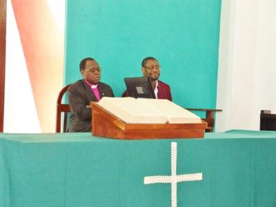 08. Nicodème Alagbada, président de l'EPMB (Eglise  protestante méthodistedu Bénin) en compagnie de Samuel Désiré Johnson.