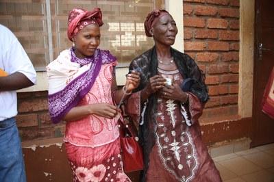 23) Membres du réseau des Femmes croyantes avant la rencontre avec la force Sangaris, 7 avril