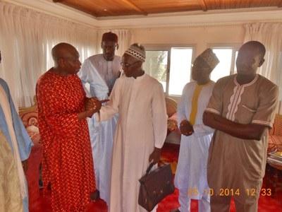 04. Au cours de cette rencontre, il a été question du christianisme et l'islam du Sénégal, ''qui ne doivent pas permettre aux extrémistes de déstabiliser la cohésion pacifique de notre pays''.