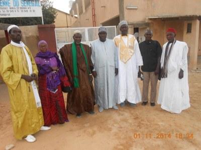 06. Poursuite des visites aux chefs religieux du Sénégal. Cette rencontre a été organisée à Fatick entre les Niassens de Kaolack et le Président de l'Église luthérienne du Sénégal.