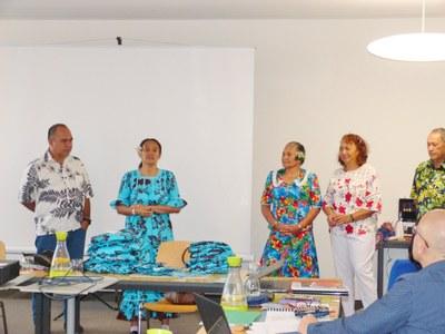 07 Visite de la famille de Stanley Tetuahiti