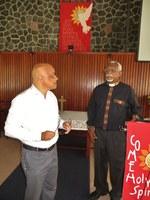10 Le Président du Conseil synodal Jean Alain Moussié et le pasteur de la paroisse, Rodney Curpanen