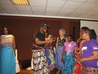 24 Cadeaux de la délégation du Mozambique aux facilitateurs