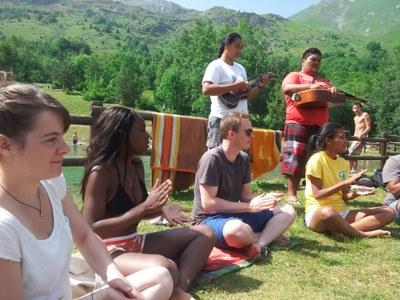 Rencontre entre jeunes français et polynésiens