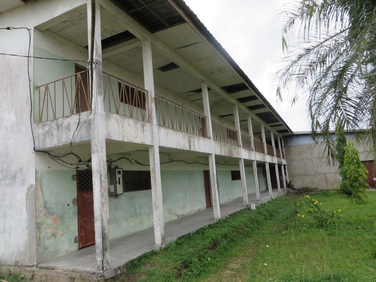 Centre des femmes de Bonabéri avant les travaux ©Cevaa