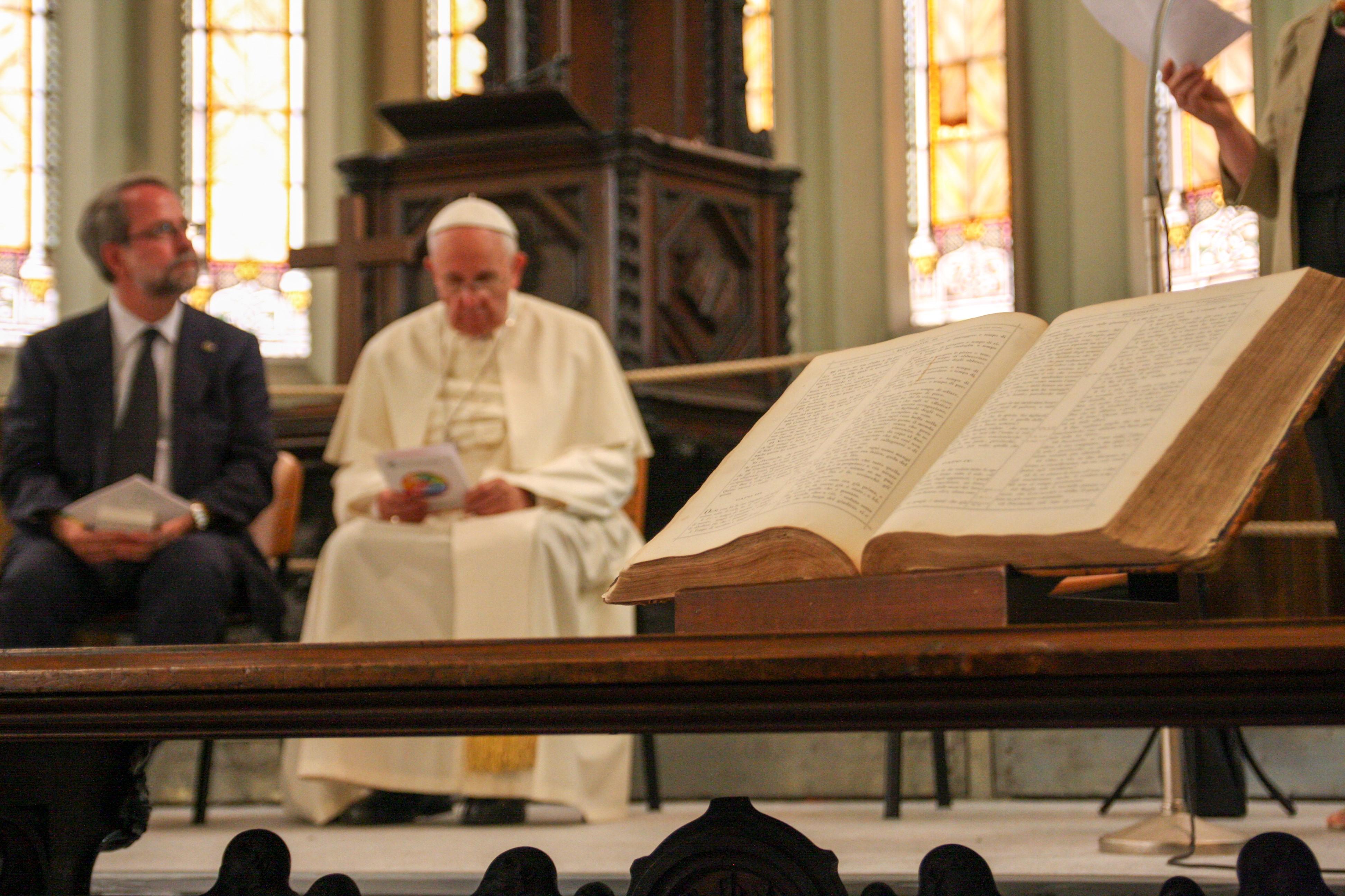 Visite du pape au temple vaudois de Turin (le 22 juin 2015) © Riforma/Pietro Romeo