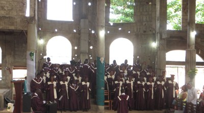 prestation de la chorale Cevaa