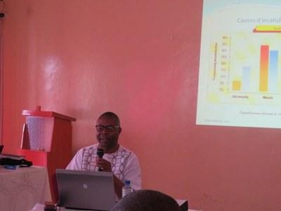 Dr Simon AROGA, EELC, présentation Ressources Humaines