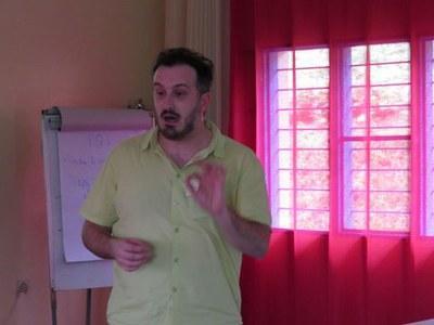 Matteo de FAZIO   journaliste Radio Beckwith CEVI